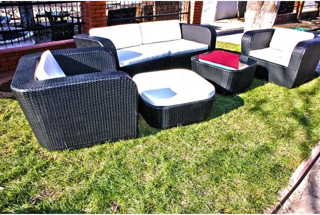 Диван | 2 кресла | пуф и кофейный столик из искусственного ротанга А061
