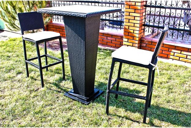 Барные стулья и барный стол из искусственного ротанга B033